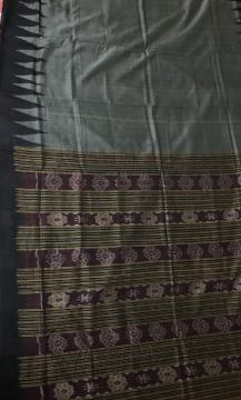 Simple Elegant Traditional Handwoven Ikat Saree with Blouse Piece