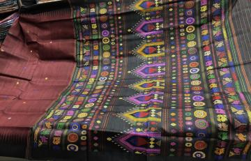 Exclusively woven Tussar Dolabedi saree with blouse piece