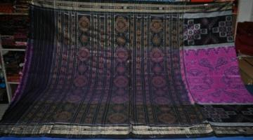 Beautiful All over body and Aanchal Ikat work saree Without Blouse piece