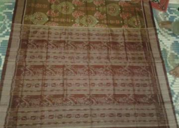 Beautiful Ikat Saree in Cotton without Blouse Piece
