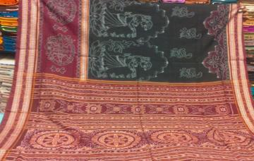 Traditional Ikat Cotton Saree without Blouse Piece