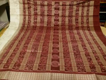 White and Maroon Traditional Motifs Ikat work SIlk Saree with Blouse Piece