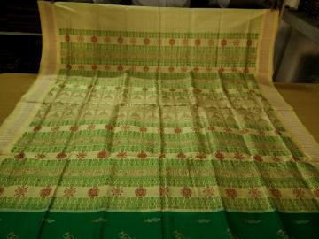 Exclusively Woven Bird Motifs Green and Off white Bomkai Silk Saree with Blouse Piece