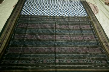 Traditional Border Aanchal Body Checks Ikat Cotton Saree without Blouse