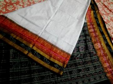 Traditional Border and Aanchal Body Checks Ikat Cotton Saree without Blouse Piece