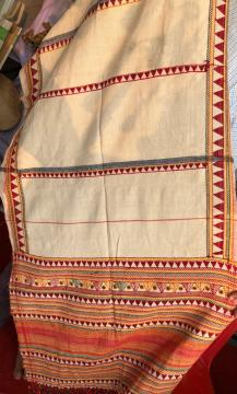 Age old authentic hand embroidered cotton dongria kondh shawl