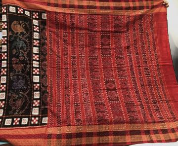 Exclusively Woven by Master weaver Pasapalli and Bird Motifs Ikat Cotton Saree with Blouse Piece