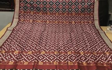 Exclusively Woven Double Ikat Pasapalli Silk Saree with Blouse Piece