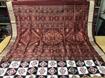 Double Ikat Exclusive Pasapalli Silk saree with Blouse Piece