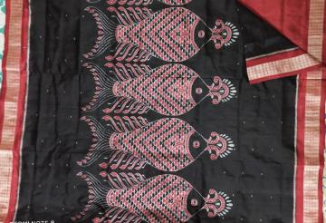 Exclusively woven Traditional Aanchal with Fish motifs body Double Ikat Silk Saree with blouse piece