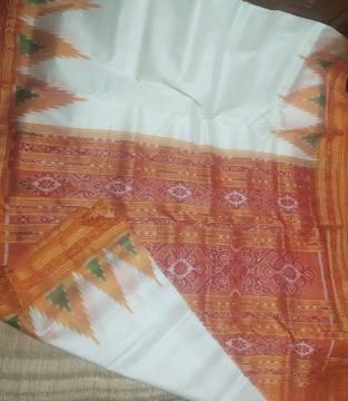 Traditional Khandua silk saree in white without Blouse Piece