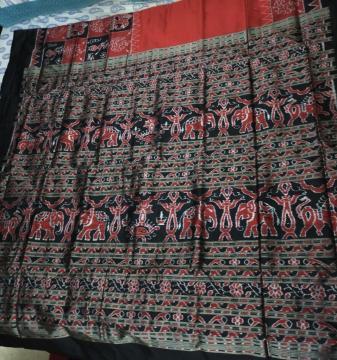 Elephant motifs Skirt pattern Ikat Silk Saree with Blouse Piece