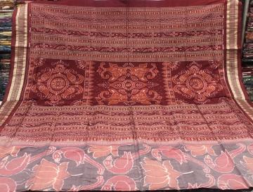 Parrot and lotus motifs Ikat Silk Saree with Blouse Piece