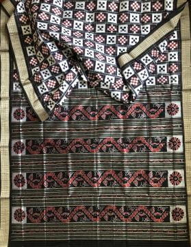Fish motifs Aanchal double Ikat Pasapalli Silk saree with Blouse Piece