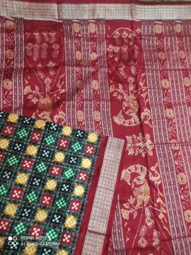Exclusively woven Multicolor double Ikat Pasapalli Silk Saree with Blouse Piece