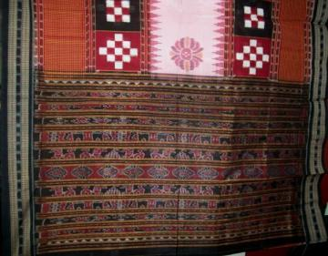 Traditional Animal Motif Ikat Aanchal with Pasapalli and Ikat work Body Saree