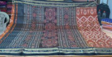 All over hand woven Ikat work Silk Saree without Blouse Piece