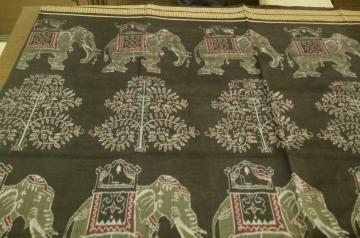 Master Weaver s Exclusive Elephant and Tree Motifs Black Ikat Cotton Saree with Blouse Piece