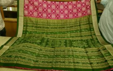 Tribal Motifs Pasapalli SIlk Saree with Blouse Piece