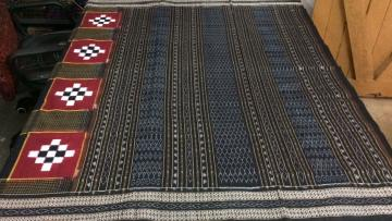 Hand woven Traditional Pasapalli and small checks Cotton Saree withour Blouse Piece