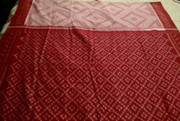 Pure Cotton Handwoven Ikat Saree without Blouse Piece